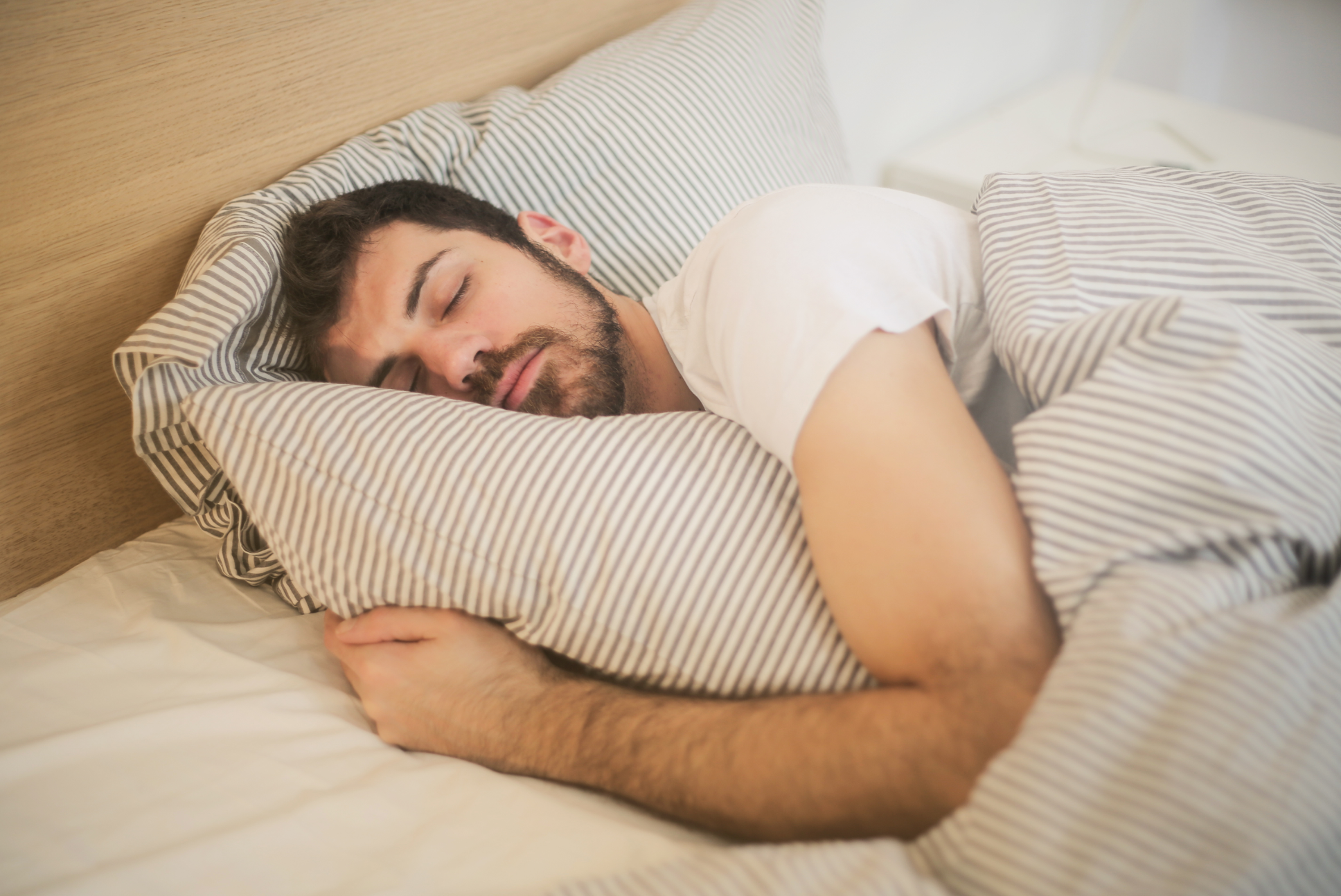 how to sleep even with chronic pain